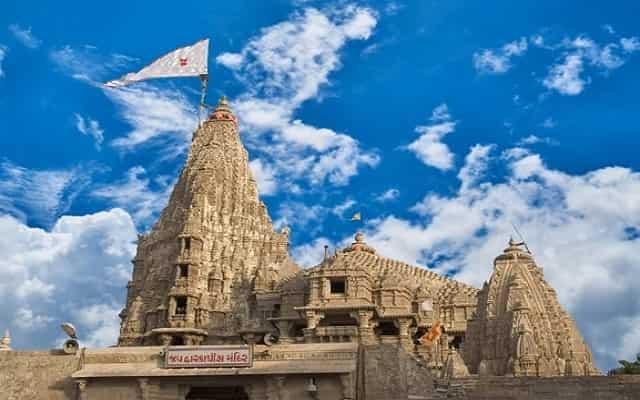 Dwarikadhish Temple History in Hindi | द्वारकाधीश मंदिर का इतिहास और कहानी