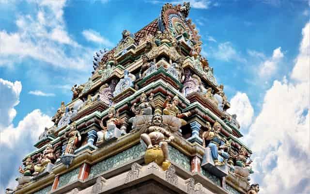 श्रीरंगम मंदिर-भारत का सबसे लंबा मंदिर | Srirangam Temple History in Hindi