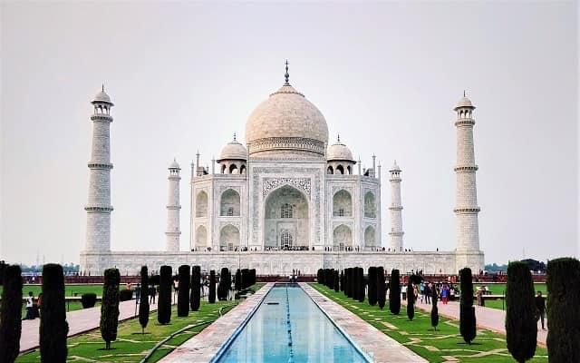 Taj Mahal History in Hindi ताजमहल का इतिहास और रोचक कहानी