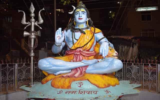 12 jyotirlingas of lord shiva in hindi भगवान शिव के 12 ज्योतिर्लिंग