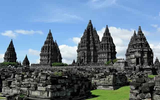 Famous Hindu Temple Outside India in Hindi भारत के बाहर अद्भुत मंदिर