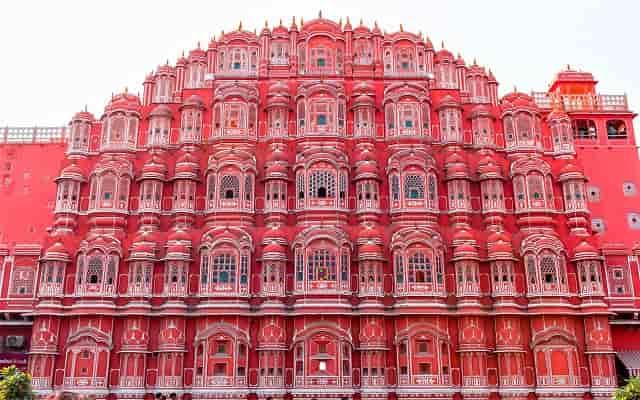 10 Best Places to visit in Jaipur in Hindi जयपुर में घूमने के 10 प्रमुख दर्शनीय स्थल