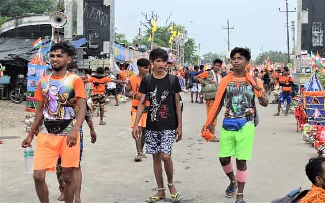 Kawad Yatra 2021 | योगी आदित्यनाथ ने कावड़ यात्रा को शुरू करने के आदेश दिए