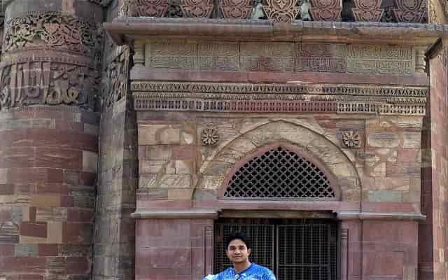 Qutub Minar History Information in Hindi   क़ुतुब मीनार इतिहास की पूरी जानकारी